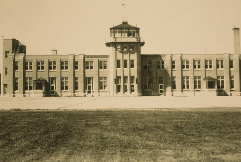 MKE Terminal/Administration Building, 1940